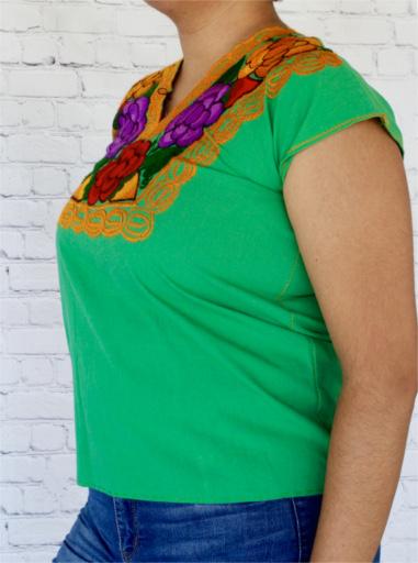 blusa mexicana bordada Mexican embroidery blouse mexican fashion. mexican top mexican outfit Oaxaca blouse