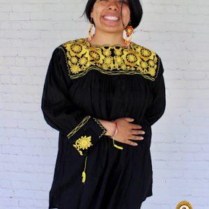 Blusa Negra Tradicional Mexicana